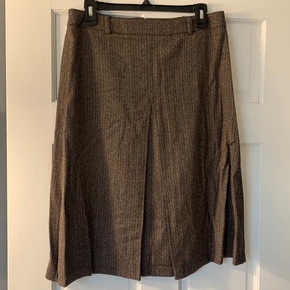 Asks Fifth Avenue wool skirt.